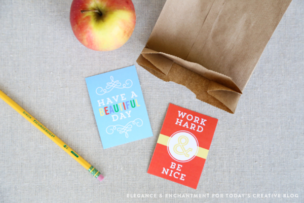 A collection of 25 printable note cards for your kids' lunch boxes. Keep them smiling all year round with words of encouragement. // Designs from Elegance & Enchantment