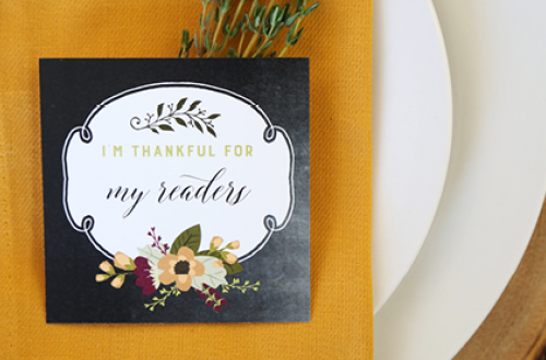 "Free Printable ""I am thankful for…"" cards for Thanksgiving dinner. Print cards to hand out to everyone at your table and share your gratitude with one another! Designs by Elegance and Enchantment for Remodelaholic."