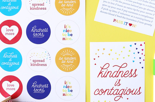 Random acts of kindness are the best! Use these free printables to spread kindness in your community and to help make our world a better place. Bonus: the designs are all compatible with Avery products so they are super easy to print and assemble.