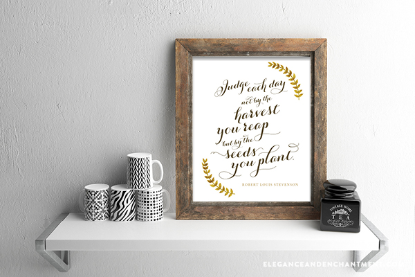Easy ideas to get your walls ready for fall. Includes a free printable download to get you started. // Designs from Elegance and Enchantment.