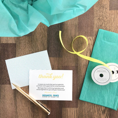 How to add a patterned background to printable cards